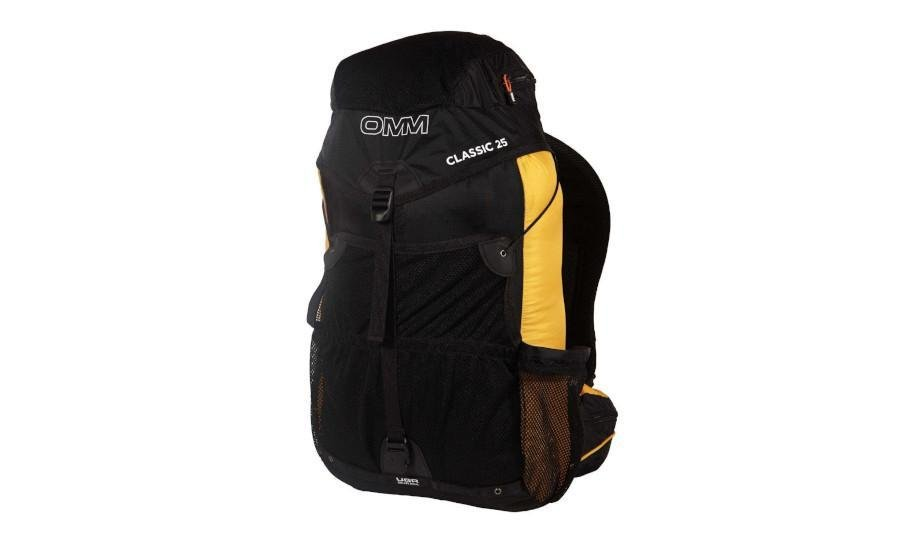 Your backpack / rucksack should be capable of carrying all of your mandatory and optional equipment. A 25-30L backpack is optimal. When full, most competitor backpacks range in weight from 7-15kg / 15-33lbs while the average backpack weighs 9kg / 20lbs without water. Note: There is no one backpack model that works for everyone.
